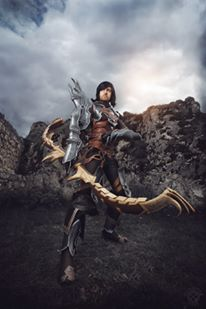 diablo iii demon hunter cosplay 1