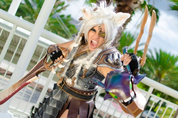 lady rengar cosplay 1