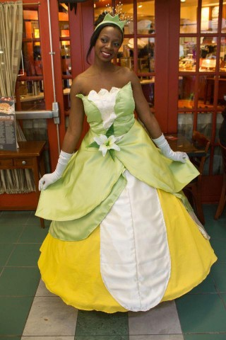 Chaka - Princess Tiana Cosplay