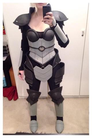 Ironscale Shyvana costume 3