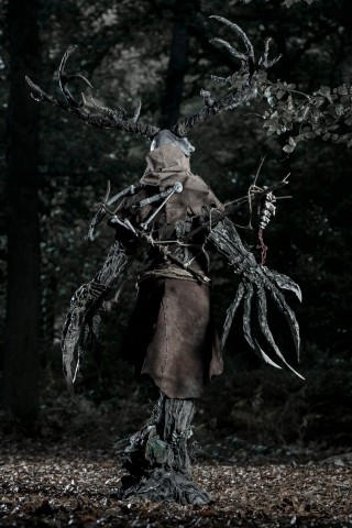 witcher 3 leshen costume 2