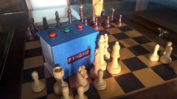 How to Make Your Own Arduino Chess Clock « Adafruit