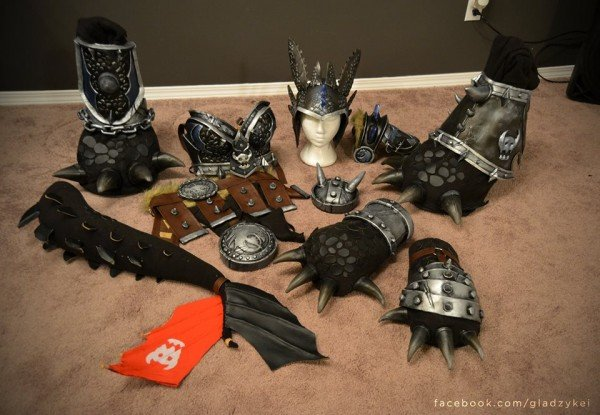 alpha toothless cosplay 4