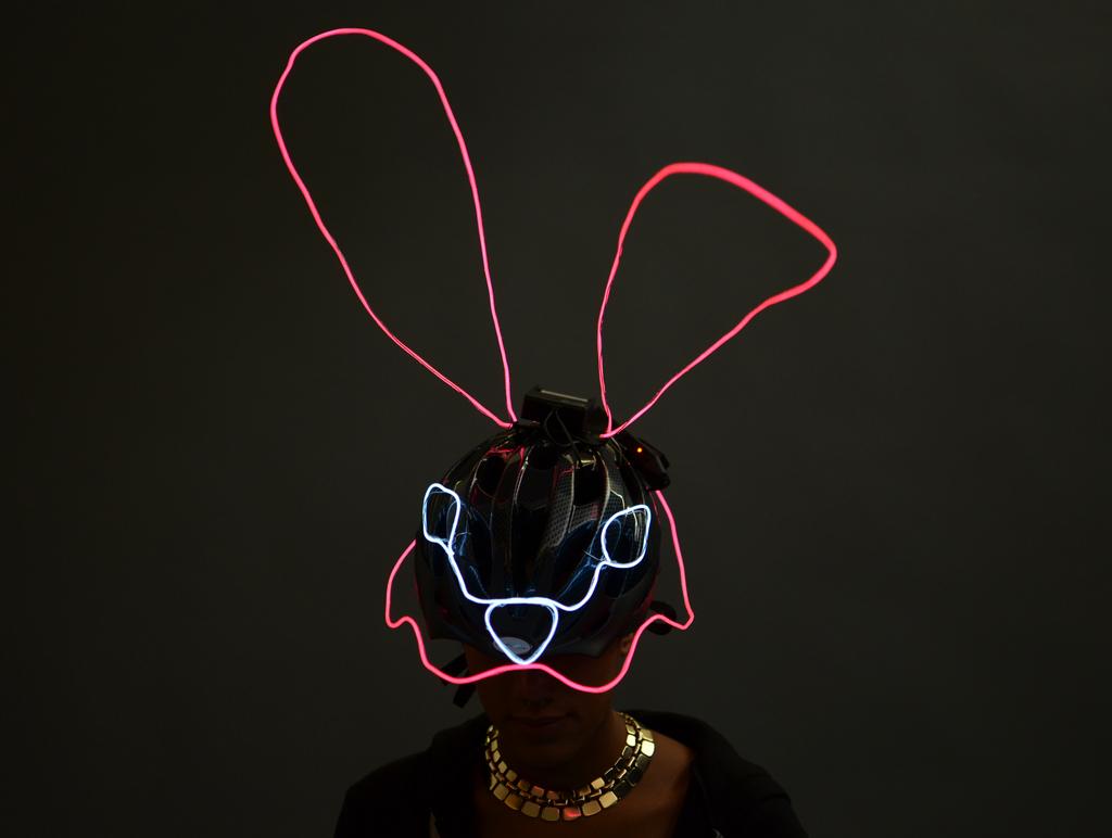 el_wire_tape_panel_el-wire-mask-adafruit-risa-rose