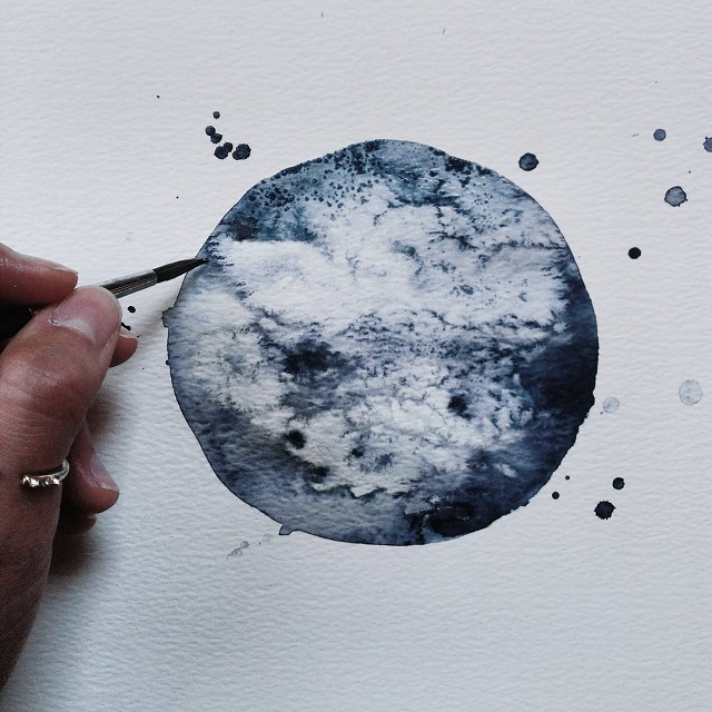 Monochromatic Watercolor Paintings Exquisitely Depict