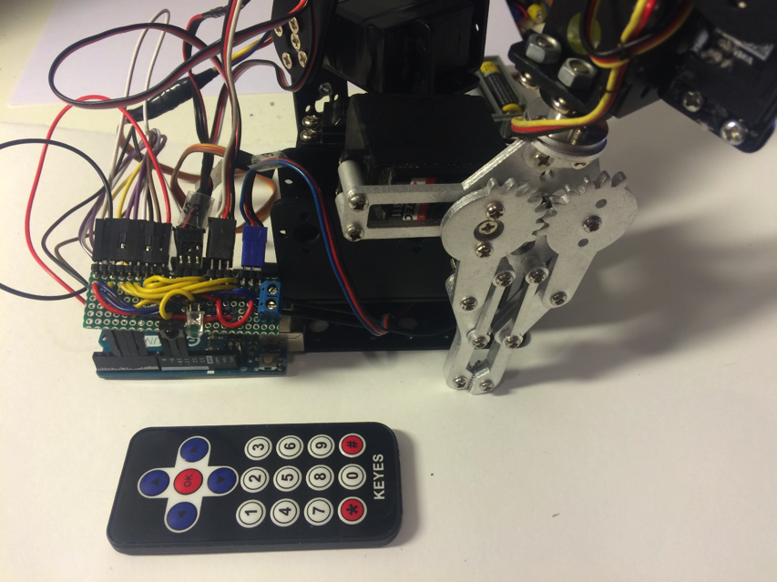 Make a remote controlled robotic arm with arduino