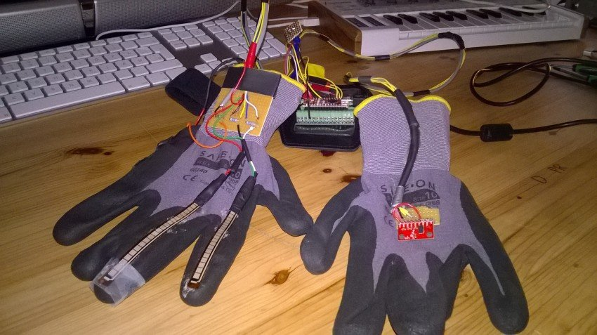 acid gloves 2