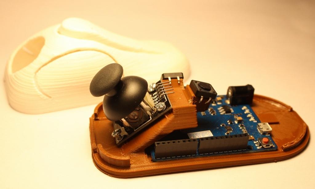 assit-joystick-1