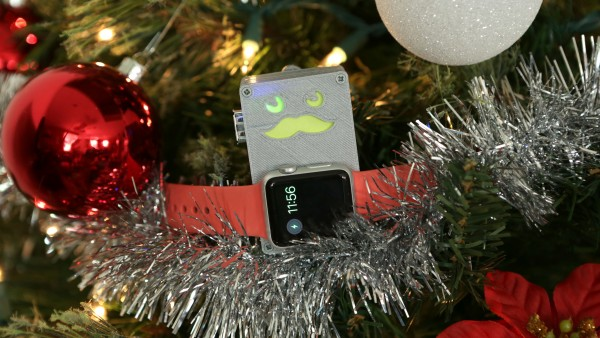 AppleWatch-chargito-on-tree