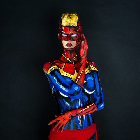 Captain Marvel bodypaint