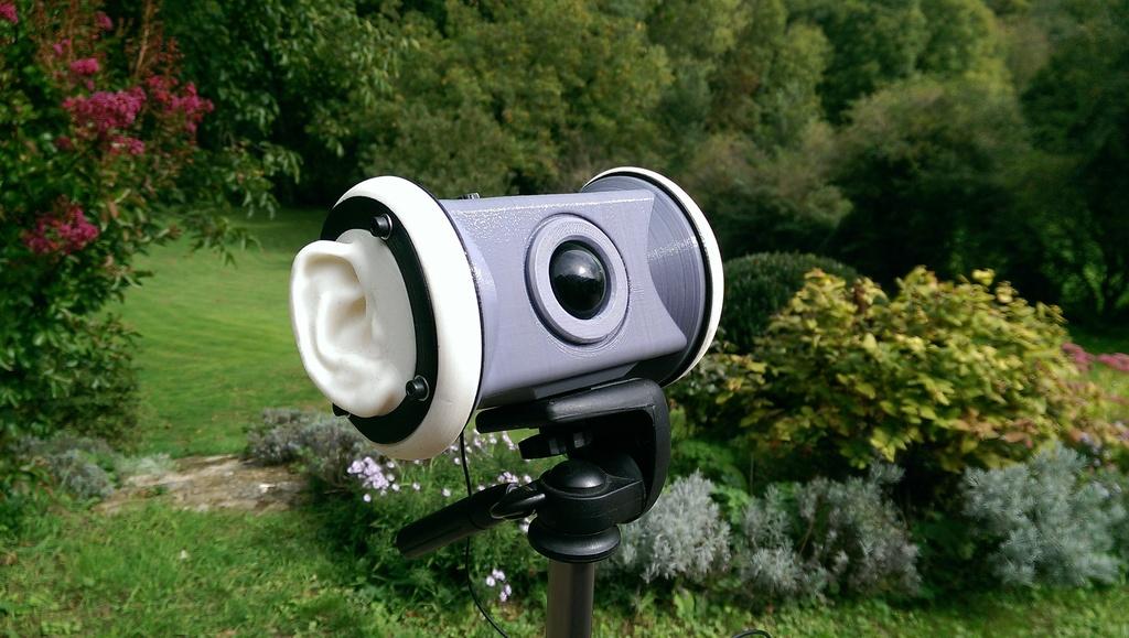 ear-microphone1