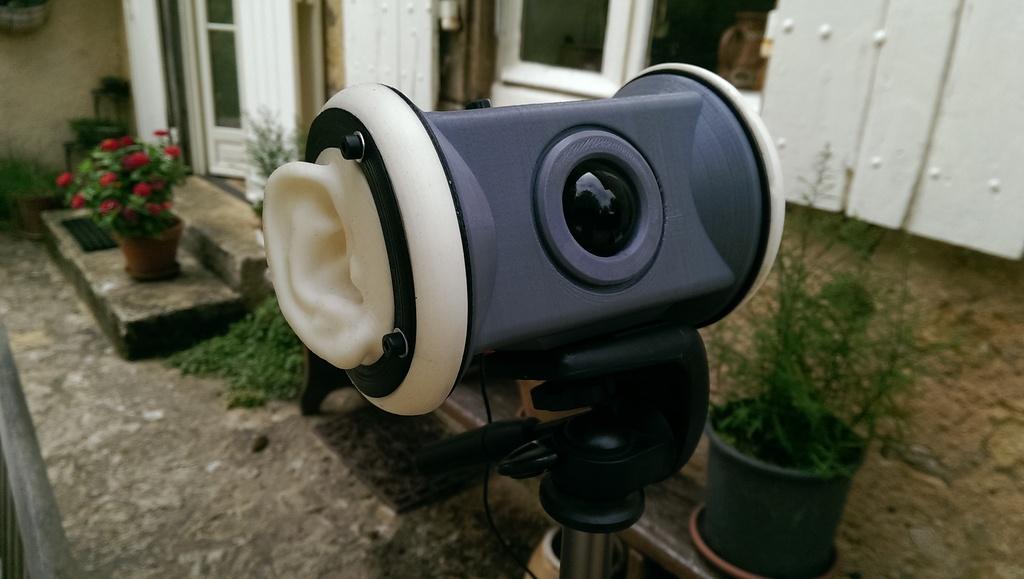 ear-microphone2