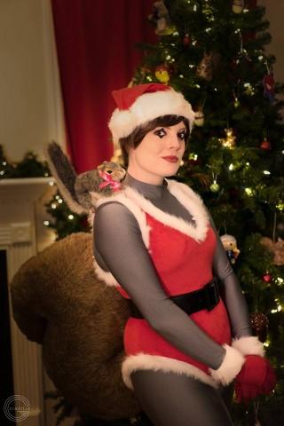 squirrel girl christmas cosplay 1