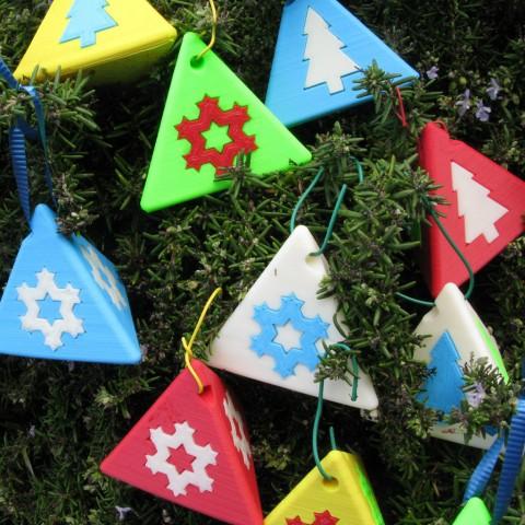 xmas tetra ornament