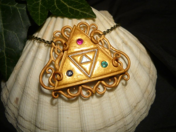 tloz__heavenly_triforce___necklace_with_real_gems_by_ganjamira-d9lx99x