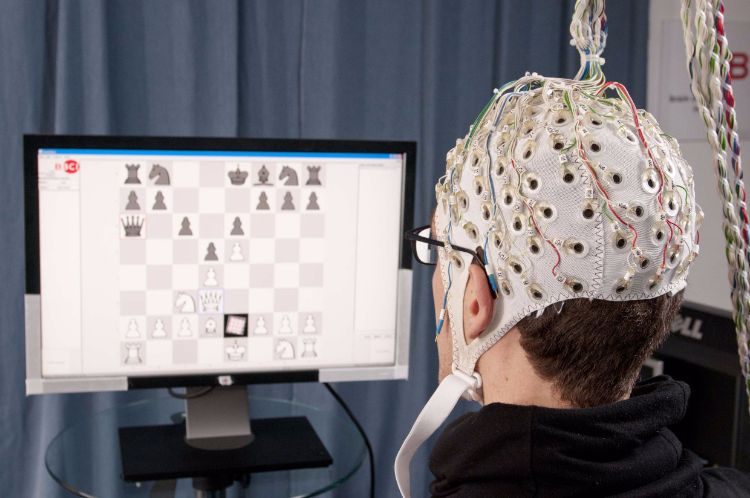 6 brain computer interface