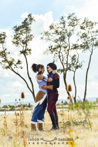 Korra and Asami Cosplay 1