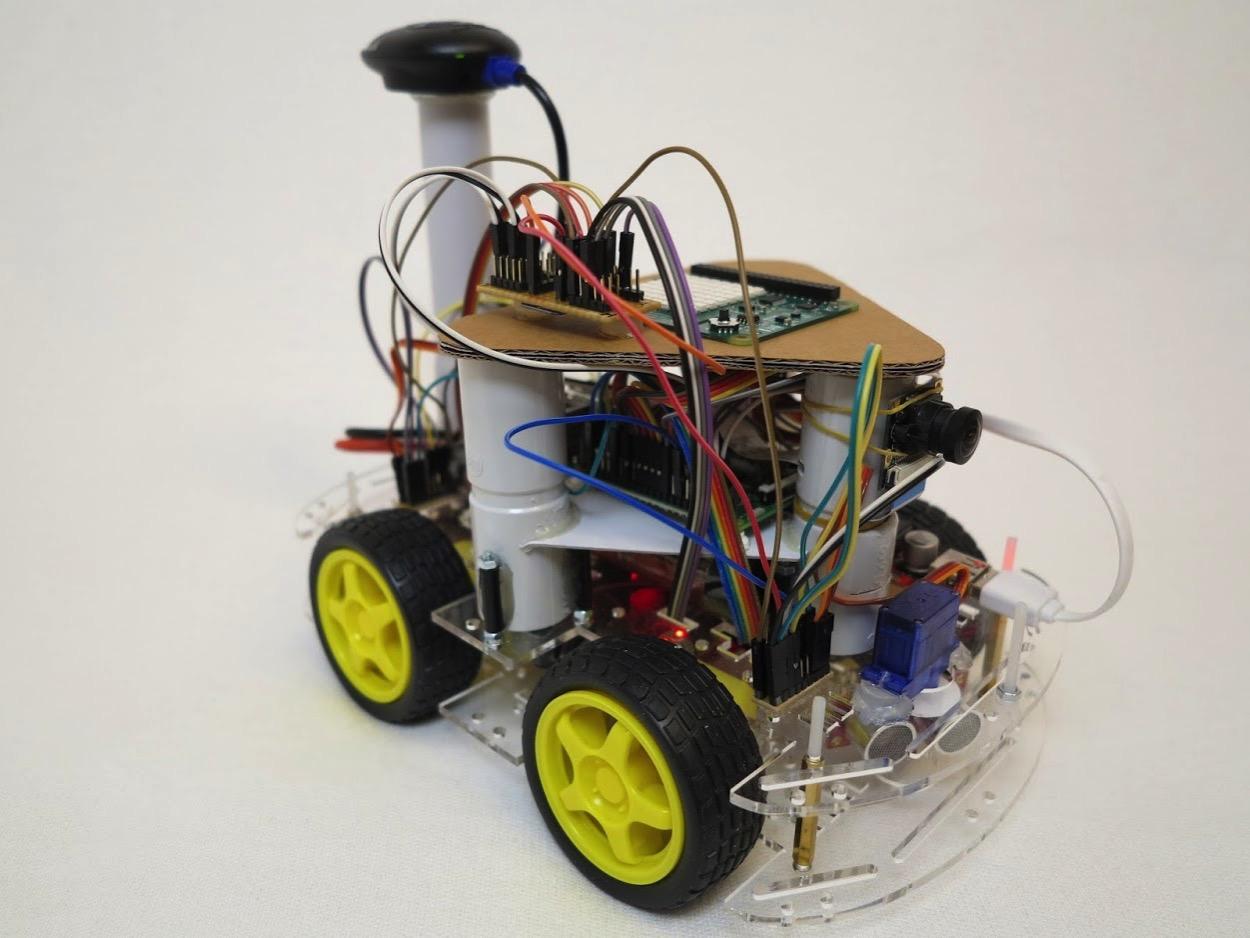 Custom build robots com self driving car 1