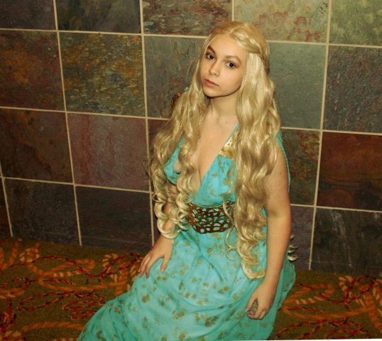 daenerys cosplay 1