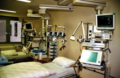 intensivecare-500x327