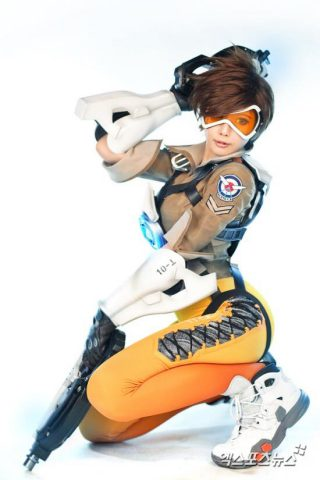 tracer cosplay 2