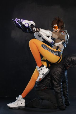 tracer cosplay 4