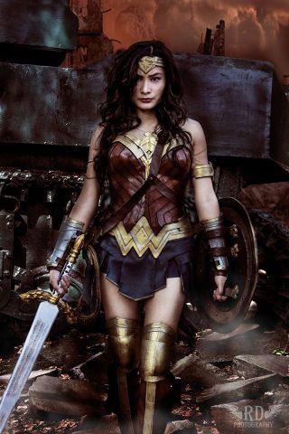 wonder woman cosplay 1