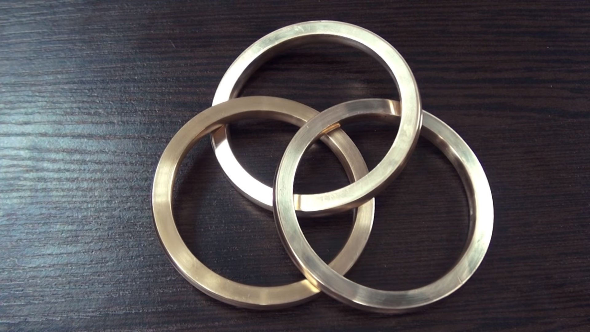 trouble buy set of triple izoa online three jewellery products gold rings