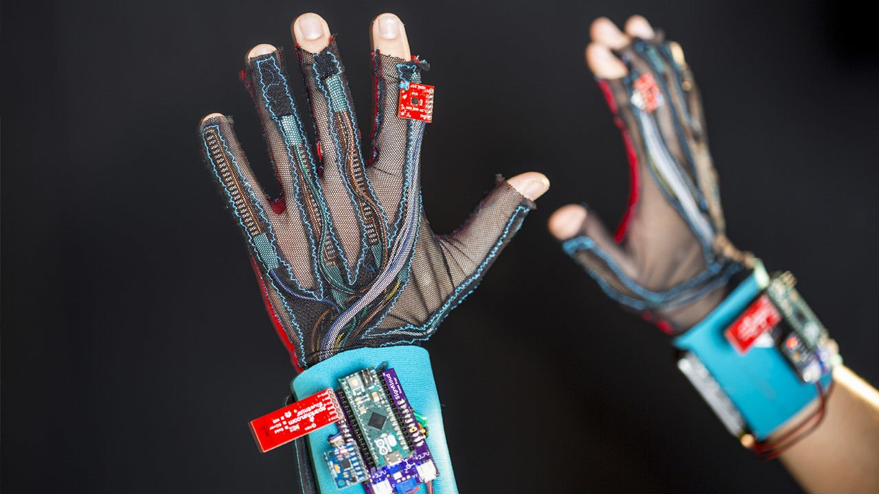 3059616-poster-p-2-these-students-built-a-glove-that-translates-sign-language-into-english