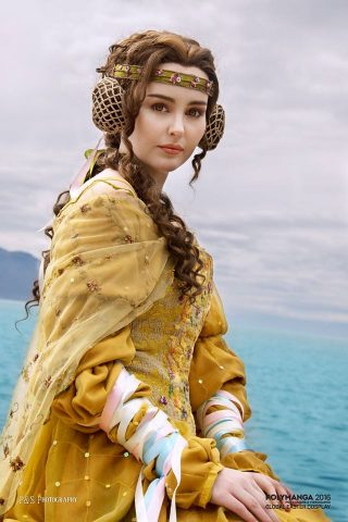padme cosplay 1