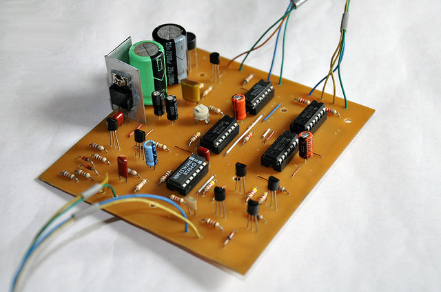 1970's HD-1410 Iambic Electronic Keyer Rebuilt with