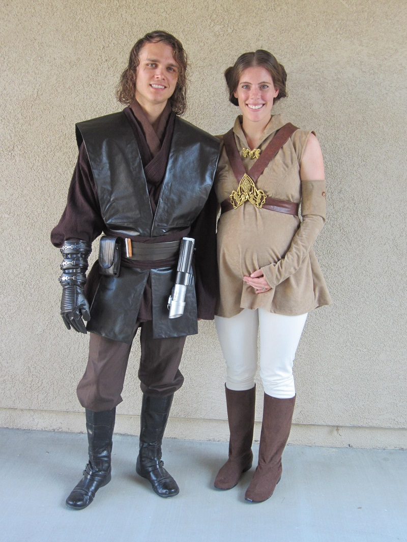 Anakin and Padme costumes 1