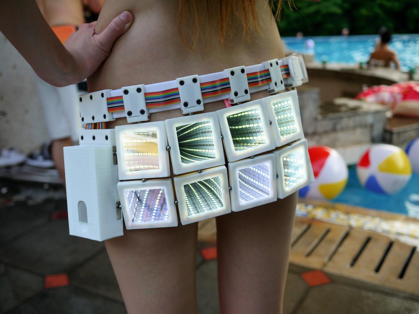 LED infinity skirt 1