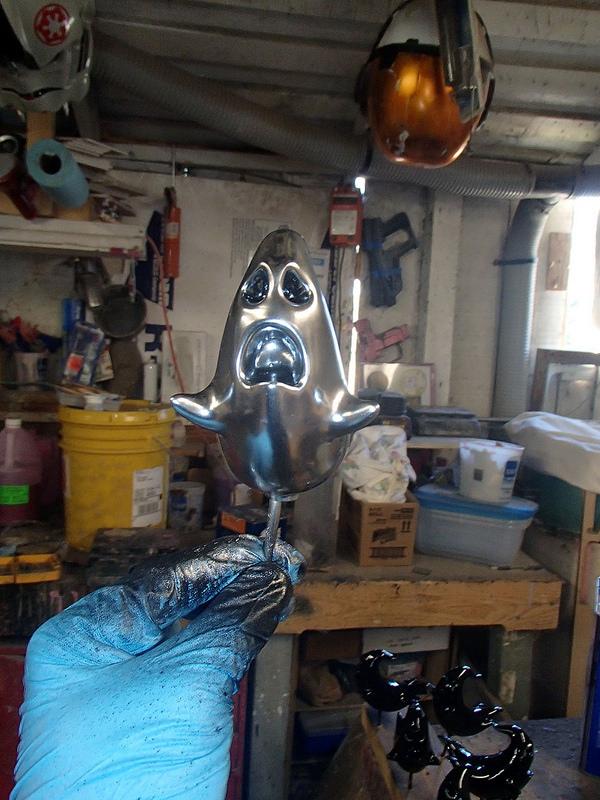 ecto-1 hood ornament 1