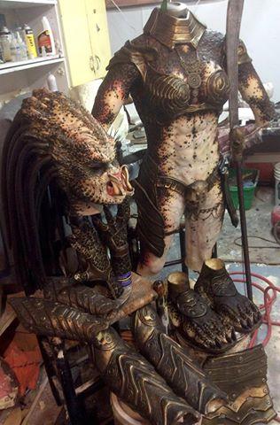 female predator costume 1