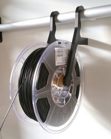 wall-mounted-spool