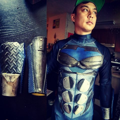 armored-nightwing-costume-4