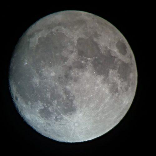 2016-10-14-moon_orig-500x500