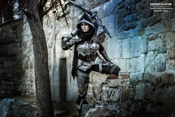 demon-hunter-costume-1