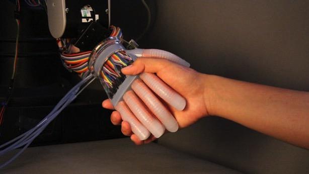 Flexible robot hand 10