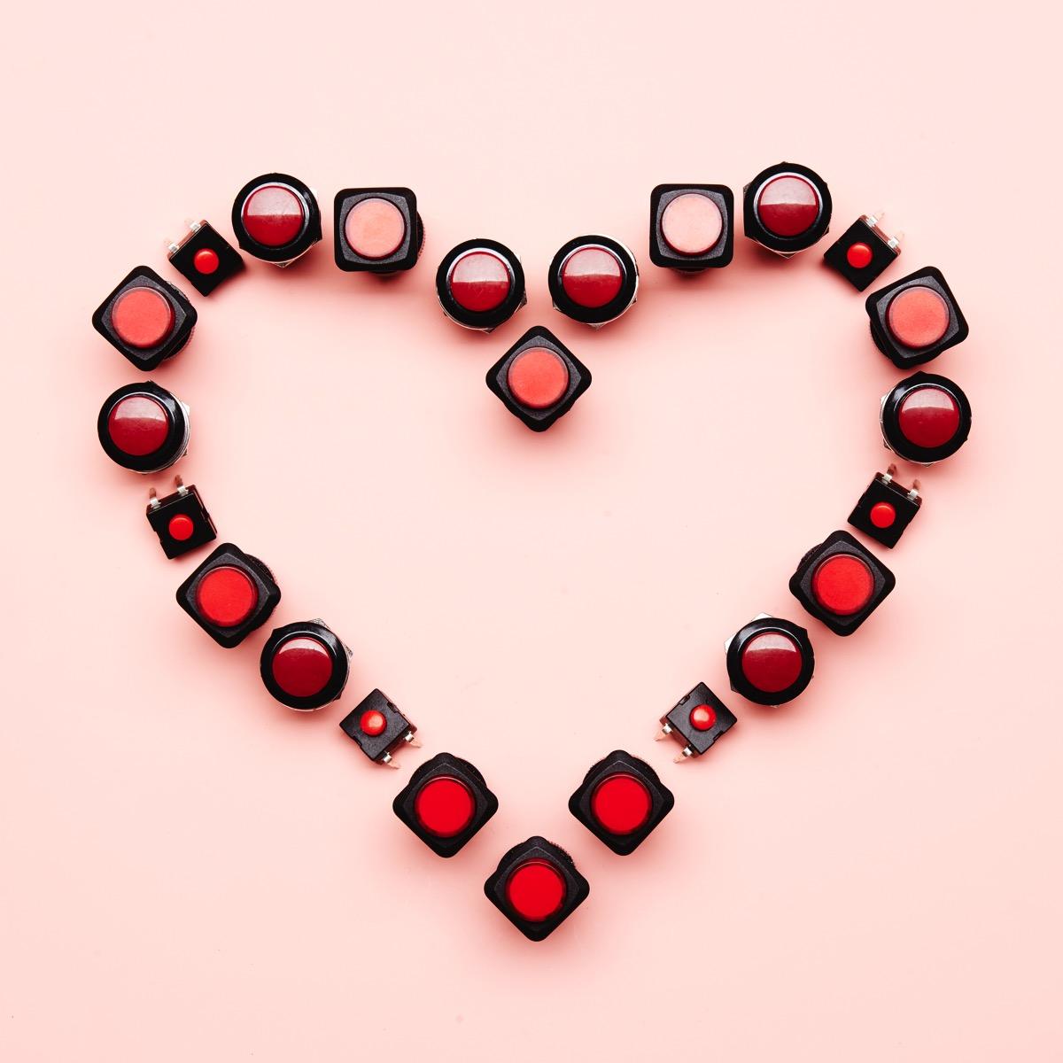 Valentine Button Heart Instagram ORIG