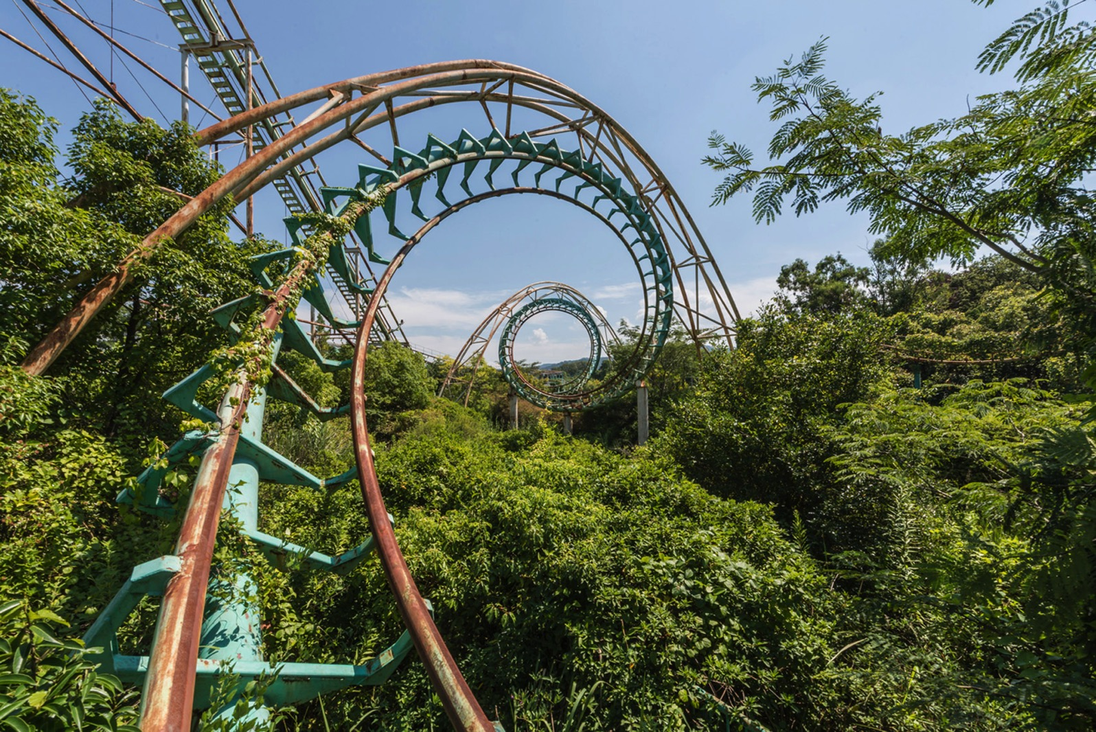 Nara dreamland romain veillon architecture theme park photography dezeen 1704 col 3