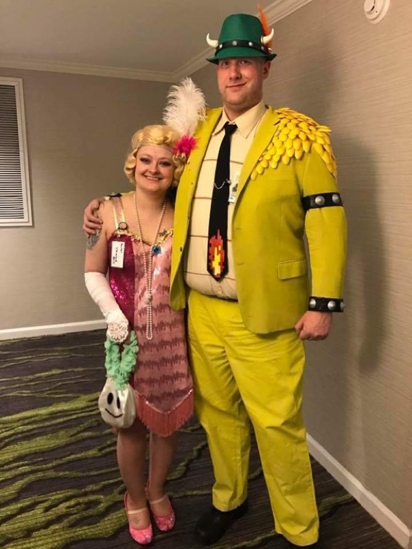 Princess Peach Halloween Costume