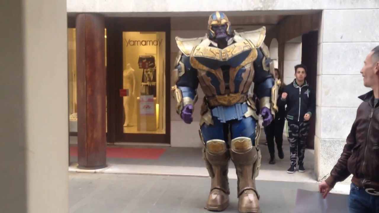 A Thanos Costume Worthy Of The Infinity Gauntlet