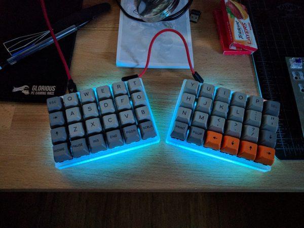 Let U2019s Split Keyboard Plate  U0026 Case  3dthursday  3dprinting  U00ab Adafruit Industries  U2013 Makers
