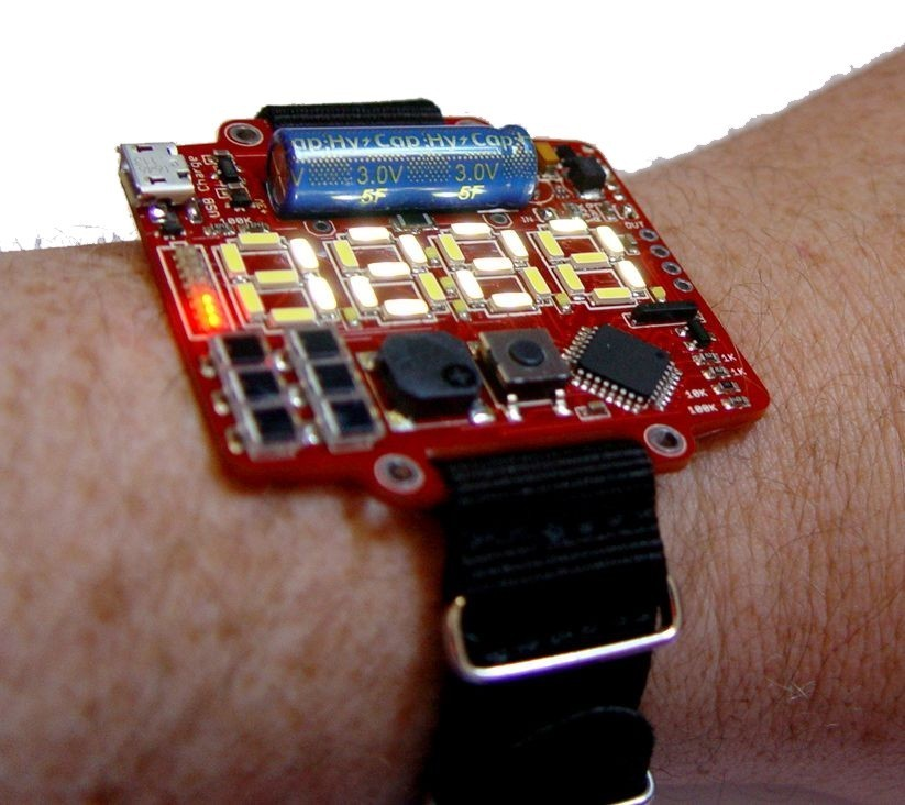 Inspired by DYPLED, this Wristwatch Uses BPW34 PIN