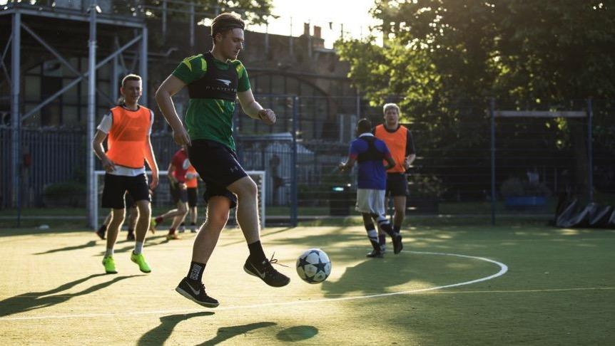 PLAYERTEK – Wearable GPS trackers for competitive sports « Adafruit