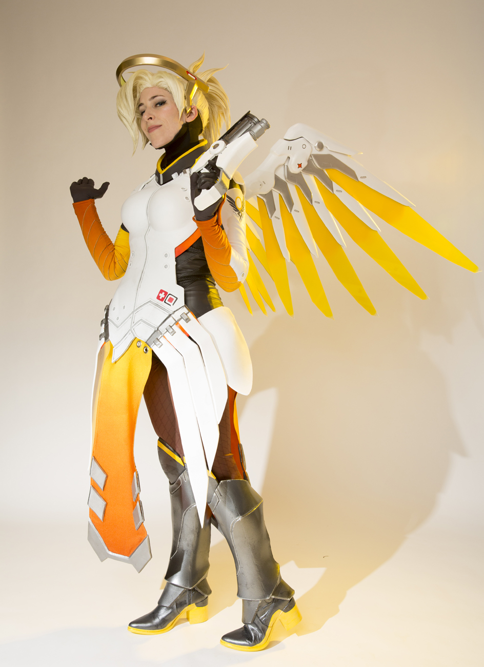 This Overwatch Costume Took 700 Hours To Make 171 Adafruit