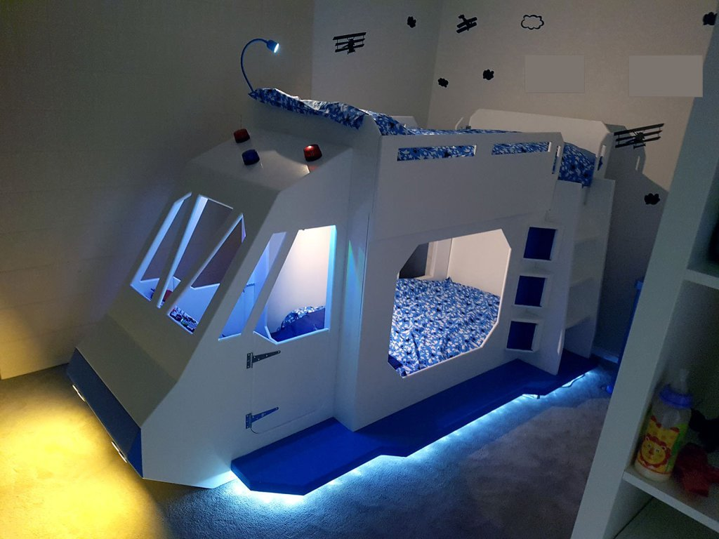 Bunk bed spaceship gets sound effects from a raspberry pi for Childrens rocket bed