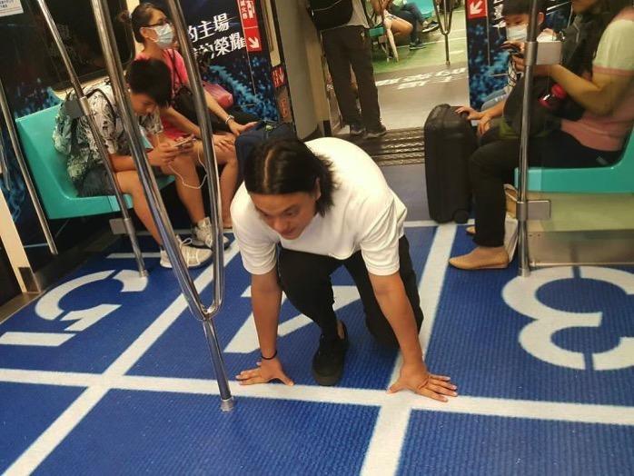 Subway cars decorated universiade sport venues taipei taiwan 6